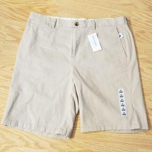 Size 38- Old Navy ultimate slim shorts